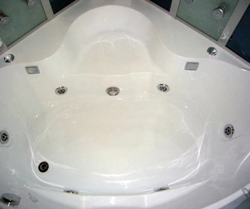 Brand New Massaging Steam Shower With Jetted Hot Tub
