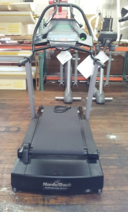 Refurbished Nordictrack 9600 Incline Trainer Treadmill Cthk6502