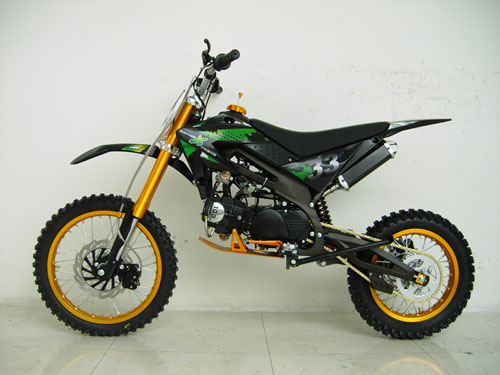 best cc dirt bike 125cc ravager 4 stroke manual dirt bike. Black Bedroom Furniture Sets. Home Design Ideas