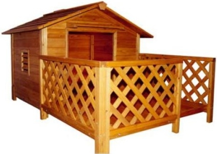 Mansion Style Dog House