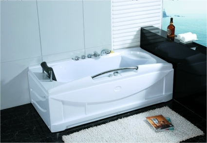 Whisper Brand New Computerized Whirlpool Jacuzzi Bath Hot